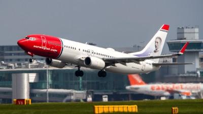 Norwegian_Air_Shuttle_B737_LN-NGH_(8906326396)